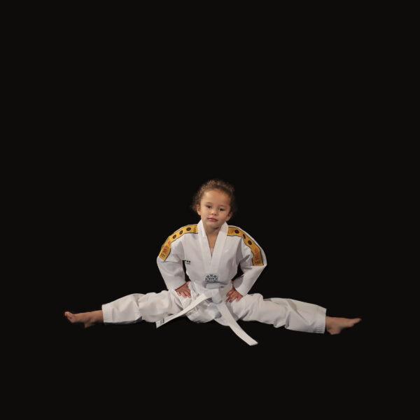 Grand écart Dobok Taekwondo uniforme Little Warrior AME sport C